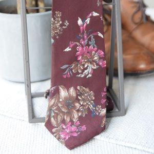 Vintage Floral Van Heusan Tie
